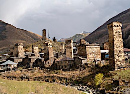 Ville d'Ushguli en Svanétie