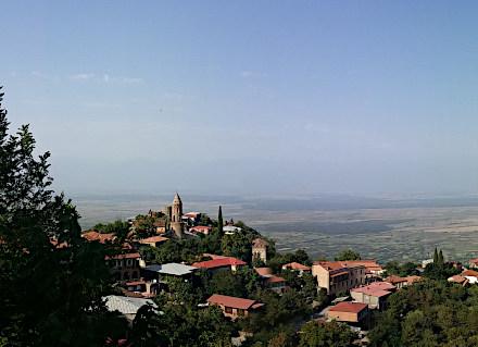 Ville de Sighnaghi qui domine la vallée Alazani